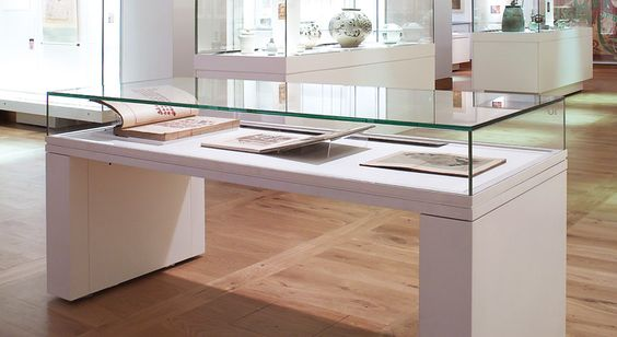 art museum antique glass display cabinet and wall display designs (4)