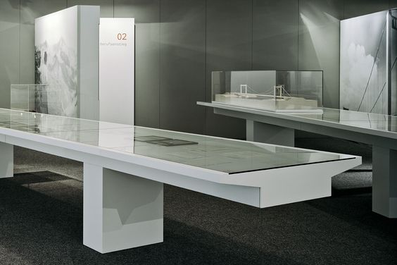 art museum antique glass display cabinet and wall display designs (48)