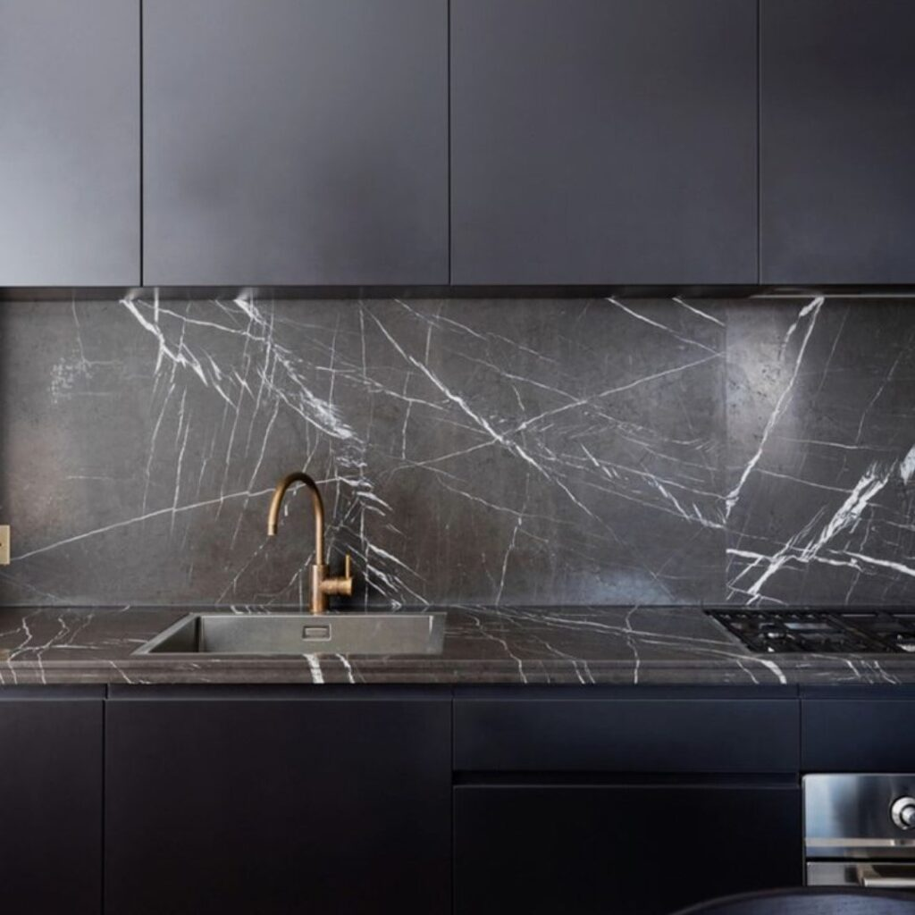 Customized Modern Concise Kitchen Cabinets Singapore (4)