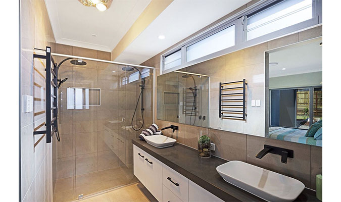 custom-shower-screen