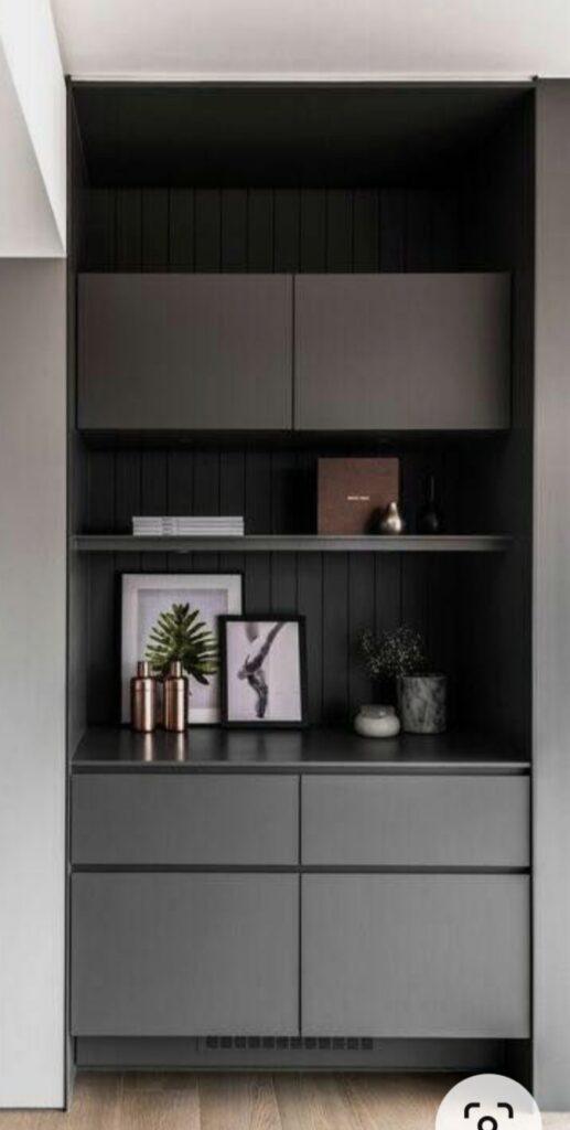 display cabinet 112